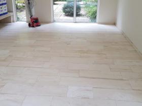 Marmer-vloer-schoonmaken